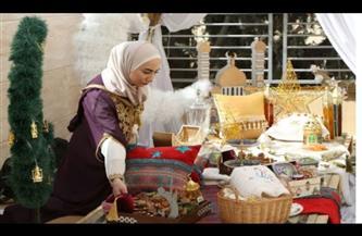 تقرير تليفزيوني حول مشروع سوري يوظف النساء في صنع زينة رمضا |  فيديو