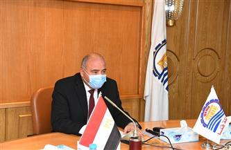 محافظ قنا يستعرض مشروع تطوير قرى دشنا وقوص