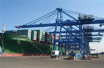 تداول بضائع وحاويات 20 سفينة في ميناء دمياط