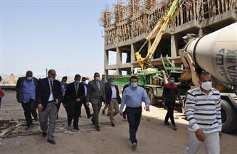 رئيس جامعة كفر الشيخ يتفقد إنشاءات مستشفى الطوارئ ومركز الأورام | صور