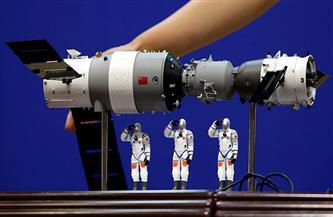 الصين تطلق صاروخا يحمل الكبسولة المركزية لمحطتها الفضائية