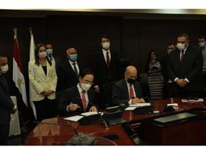 """رئيس """"هيونداي"""": نتعاون مع """"سكك حديد مصر"""" في تحديث نظم الإشارات"""