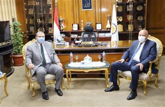 محافظ قنا يستقبل وزير القوى العاملة تنفيذا لمبادرة حياة كريمة