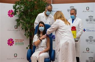 """""""الجارديان"""": إيطاليا تعلن تطعيم 17 بالمائة من سكانها ضد فيروس كورونا"""