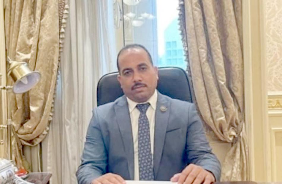 برلماني مصر تسابق الزمن لتوفير اللقاحات وكل المستلزمات الدوائية بمستشفيات العزل