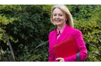 """وزيرة التجارة البريطانية تتوقع حل خلاف """"بوينج-إيرباص"""" بحلول يوليو"""