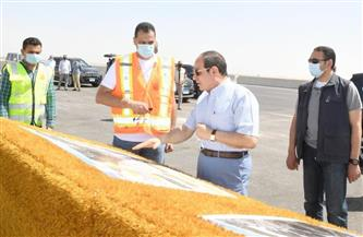 حساب الرئيس السيسي على تويتر ينشر صورًا من الجولة التفقدية لـ«الدائري الأوسطي» والمقر الجديد لسوق السيارات