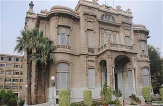 جامعة عين شمس تتواصل تليفونيا مع أعضاء البعثات والمنح بالخارج