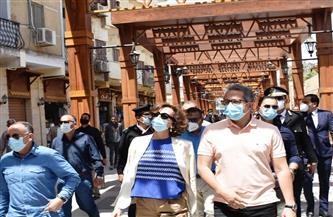 وزير السياحة والآثار ومدير عام اليونسكو يتفقدان أعمال التطوير بالسوق السياحية القديمة بأسوان | صور