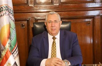 وزير الزراعة يعلن اعتماد 16 منشأة مصرية جديدة خالية من إنفلونزا الطيور