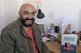 رسام جزائري يجسد مآسي الهجرة غير القانونية في كتاب قصص مصورة