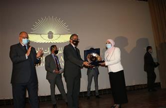 وزير الآثار يكرم التنفيذيين بمحافظة القاهرة لجهودهم في حفل نقل المومياوات الملكية