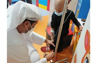 السفير الإماراتي يزور مستشفى شفاء الأورمان بالصعيد ويتبرع بالدم| صور