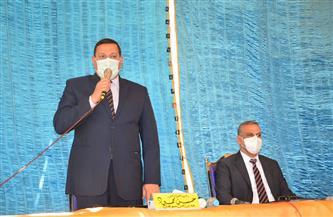 محافظ سوهاج ومدير الأمن يشهدان صلح عائلتين بطهطا | صور