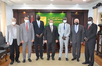 لبناء جيل من القادة الرياضيين.. جامعة الإسكندرية ووزارة شباب جنوب السودان توقعان بروتوكول تعاون  صور