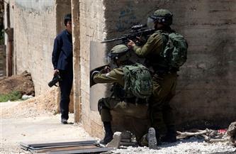 """إصابة عشرات الفلسطينيين بالاختناق خلال قمع الاحتلال الإسرائيلي مسيرة """"كفر قدوم"""" الأسبوعية"""
