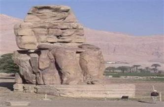 بعد الإعلان عن اكتشاف المدينة المفقودة .. تعرف على قصة أسطورة تمثالى ممنون فى التاريخ| صور