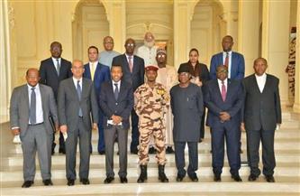 مندوب مصر بالاتحاد الإفريقي يكشف تفاصيل زيارة وفد مجلس السلم والأمن الإفريقى إلى تشاد لتقصي الحقائق|صور