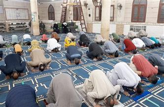 """""""الأوقاف"""" ترفع شعار """"صلوا التهجد في بيوتكم"""".. وتحذر: """"الفصل جزاء من يسمح بها في المساجد"""""""