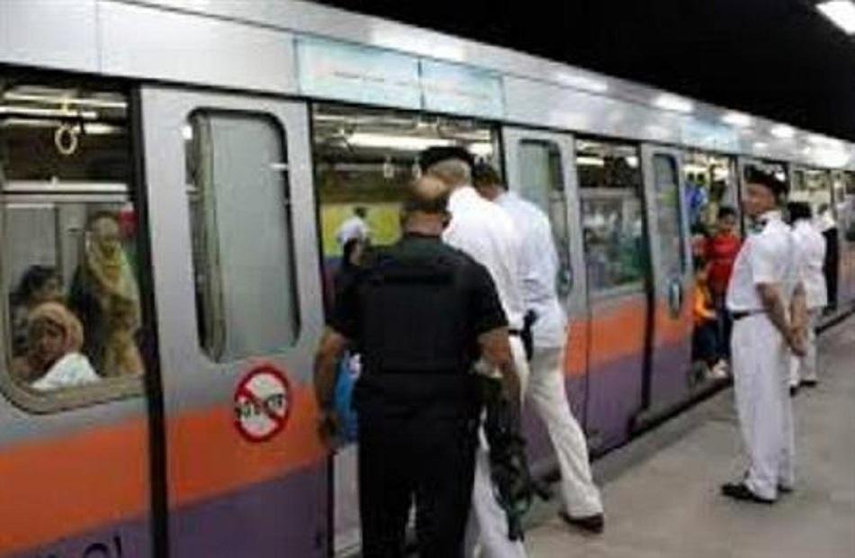تعرف على جهود شرطة النقل والمواصلات خلال  ساعة