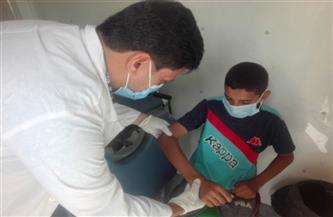 الكشف وتوفير العلاج لأكثر من 950 مواطنا في قافلة طبية مجانية في بني سويف | صور