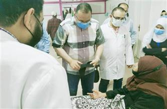 محافظ الشرقية يُفاجئ مستشفى أولاد صقر المركزي ويُكافئ الأطقم الطبية والعاملين بالمستشفى | صور