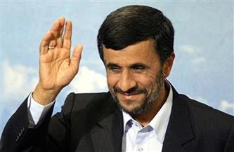 الرئيس الإيراني السابق أحمدي نجاد يتقدم بأوراق ترشحه للانتخابات الرئاسية