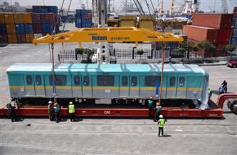 وزير النقل يعلن وصول القطار التاسع من الـ«32 قطارا» الكورية | صور