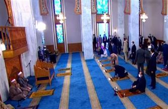 الرئيس السيسي يصل مسجد الماسة بمدينة العلمين الجديدة لأداء صلاة عيد الفطر المبارك