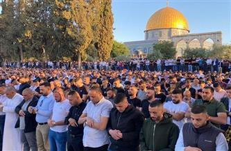 100 ألف مصلٍ يؤدون صلاة العيد وصلاة الغائب على أرواح الشهداء في الأقصى