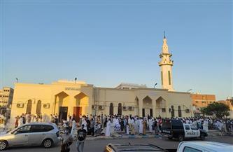 محافظ جنوب سيناء يؤدي صلاة العيد بمسجد السلام في شرم الشيخ
