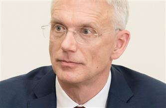 رئيس وزراء لاتفيا يُغيّر وزير المالية للمرة الثانية منذ بدء جائحة كورونا