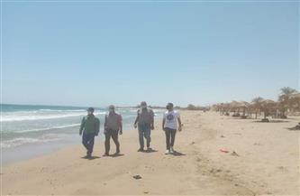غرفة عمليات لمتابعة إغلاق الشواطئ والمتنزهات في أول أيام عيد الفطر بالقصير| صور