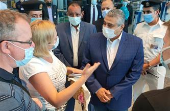 فى أول أيام عيد الفطر المبارك.. نائب وزير الطيران المدني يتفقد مطار الغردقة | صور