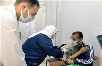 مواصلة تطعيم مرضى الكلى بلقاح «كورونا» في الشرقية | صور