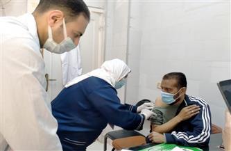 وكيل «الصحة» بالشرقية يتابع التطعيم بلقاح كورونا في كنائس الزقازيق وههيا | صور