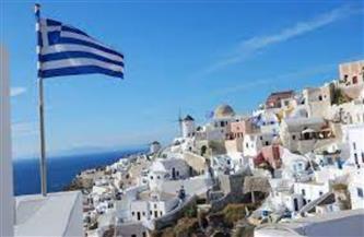 اليونان تفرش السجاد الأحمر للسياح الأجانب العائدين