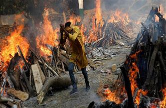 جثث في الأنهار وأطباء هواة.. كورونا يواصل ضرب قرى الهند