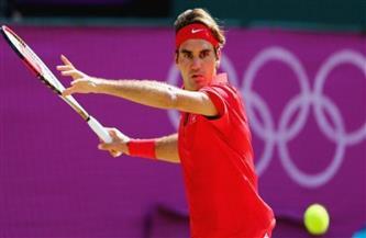 نجم التنس روجيه فيدرر يدعو إلى حسم القرار بشأن أوليمبياد طوكيو 2020