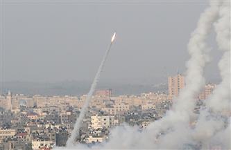 مقتل إسرائيلي وإصابة آخرين في قصف صاروخي من غزة على تل أبيب