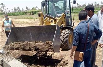 """إزالة 9 حالات تعدٍ بالبناء على أراض زراعية وأملاك دولة بـ""""إطسا"""" في الفيوم"""