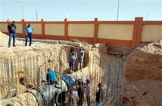 رئيس جهاز قنا الجديدة: جارٍ الانتهاء من تنفيذ أعمال خط المياه الرئيسى المغذي لمساحة 1500 فدان  بالمدينة صور