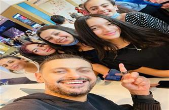 """رامز جلال وسط الجمهور في عرض فيلم """"أحمد نوتردام""""  صور"""