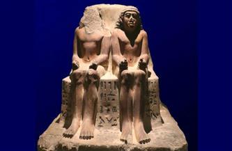 """تمثال مزدوج لرئيس العمال """"نچم إيب"""" قطعة شهر مايو بمتحف سوهاج"""