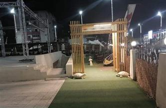 حملة لمتابعة قرار غلق المحال التجارية والمقاهي والكافتيريات في شرق سوهاج | صور
