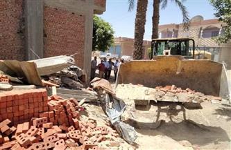 إزالة 94 حالة تعدٍ بالبناء على الأراضي الزراعية وأملاك الدولة خلال إجازة العيد في الفيوم | صور