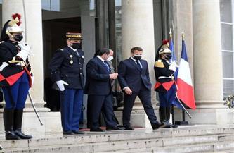 المتحدث الرئاسي ينشر صور استقبال ماكرون للرئيس السيسي بقصر الإليزيه