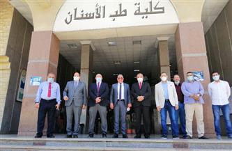 رئيس جامعة الأزهر يتفقد كلية طب الأسنان بنين بالقاهرة ومجلس الكلية يكرم «العوضي ومحفوظ» | صور