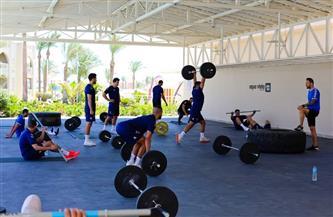 تدريبات بدنية شاقة للاعبي منتخب مصر لليد في أول أيام معسكر الغردقة   صور