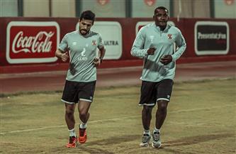 مران الأهلي| أجايي وأيمن أشرف يؤديان تدريبات الجري حول الملعب